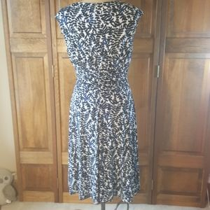 Jones Wear Dresses - Joneswear Sleeveless Floral Print Dress, Sz 12